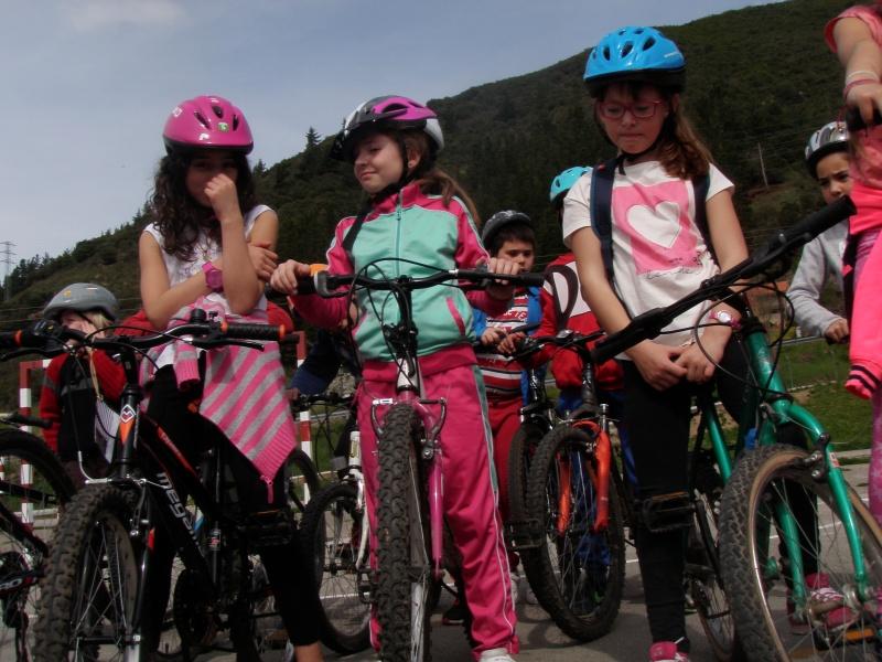 Proyecto Bici-Liébana Fiesta de la Bicicleta en Potes 19-4-16 P1010022