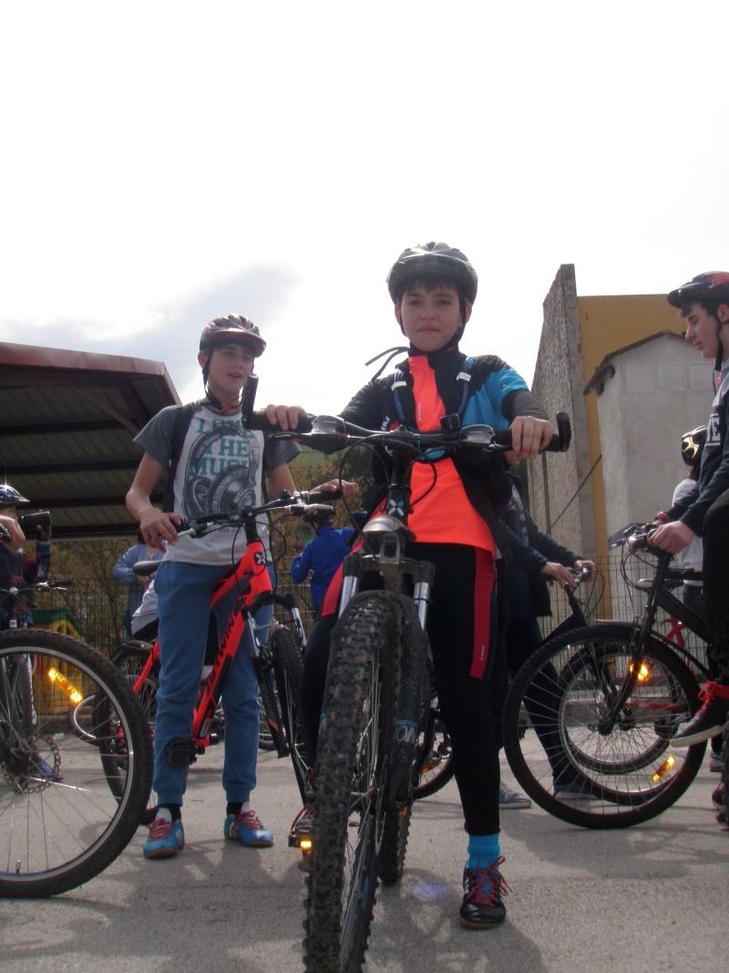 Proyecto Bici-Liébana Fiesta de la Bicicleta en Potes 19-4-16 P1010024