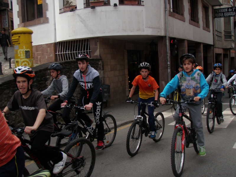Proyecto Bici-Liébana Fiesta de la Bicicleta en Potes 19-4-16 P1010025
