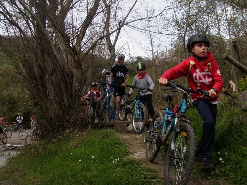 Proyecto Bici-Liébana Fiesta de la Bicicleta en Potes 19-4-16 P1010210