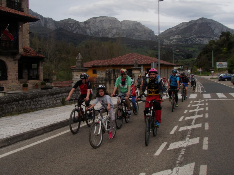 Proyecto Bici-Liébana Fiesta de la Bicicleta en Potes 19-4-16 P1010310