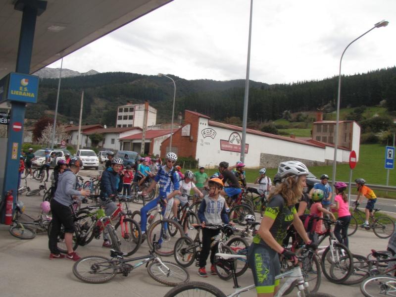 Proyecto Bici-Liébana Fiesta de la Bicicleta en Potes 19-4-16 P1010313