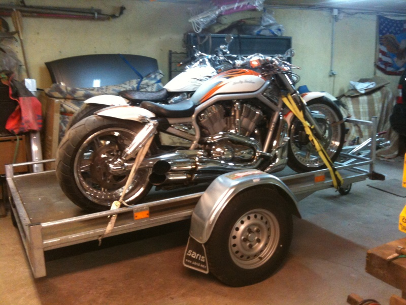 Remorque pour transporter une roadking - Page 3 Img_0213