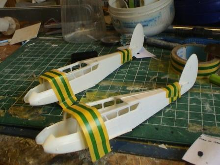 [Heller] De Havilland DH89 Dragon Rapide + Conversion DH 84 Dragon Dh2310