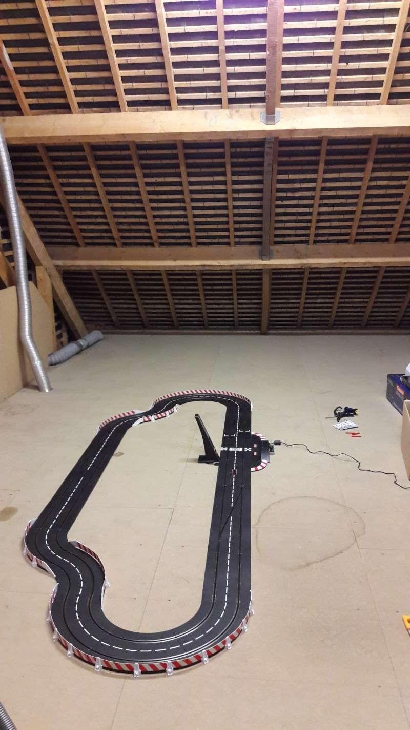Projet piste dans grenier Slot10