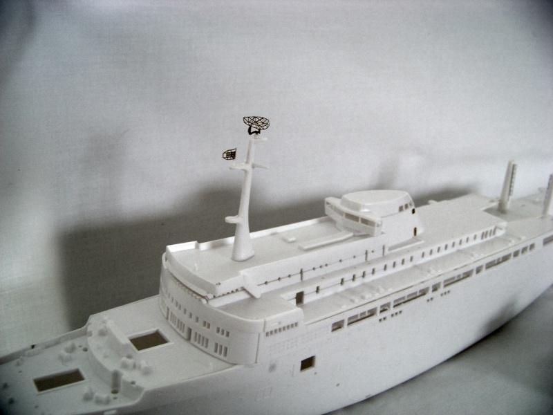 Paquebot mixte SS Brasil au 1/400 Revell  100_9310