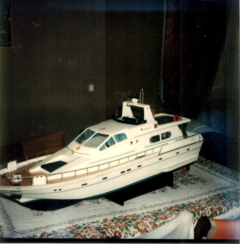 yacht le BRIGAND au 1/25° de NAVIG - Page 5 Jaguar10