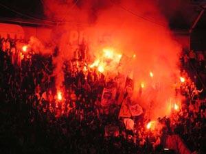 Ultras Choreos (Pyro, Flags, Smokes) 0407aj10