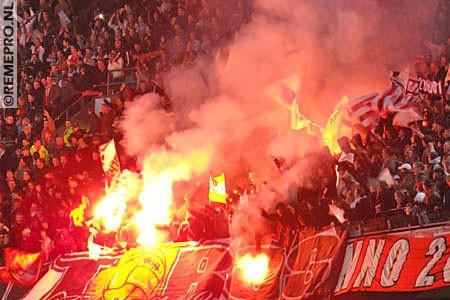 Ultras Choreos (Pyro, Flags, Smokes) 11811