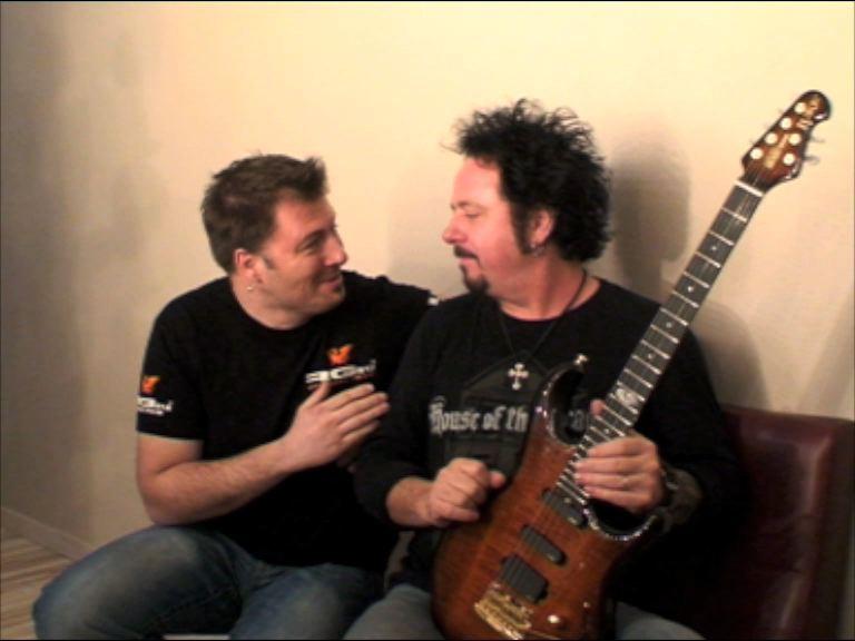 Steve Lukather - Page 5 Luke_e10