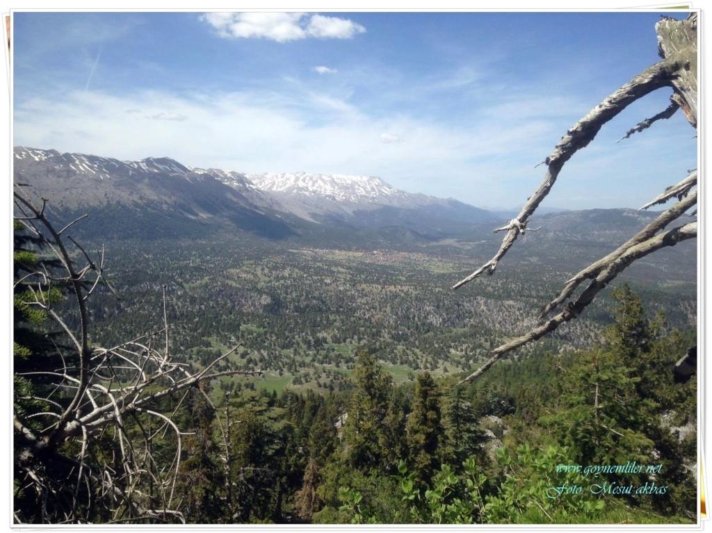 İvgeles tepesinden bakış- Harika doğa manzaraları-Nisan 2016 Ivgles17