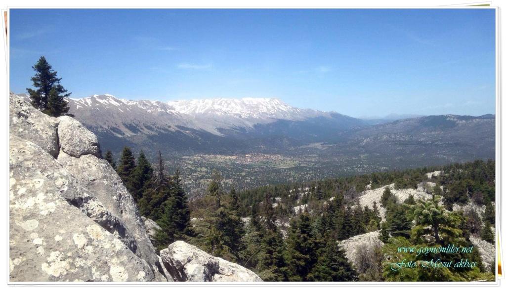 İvgeles tepesinden bakış- Harika doğa manzaraları-Nisan 2016 Ivgles25