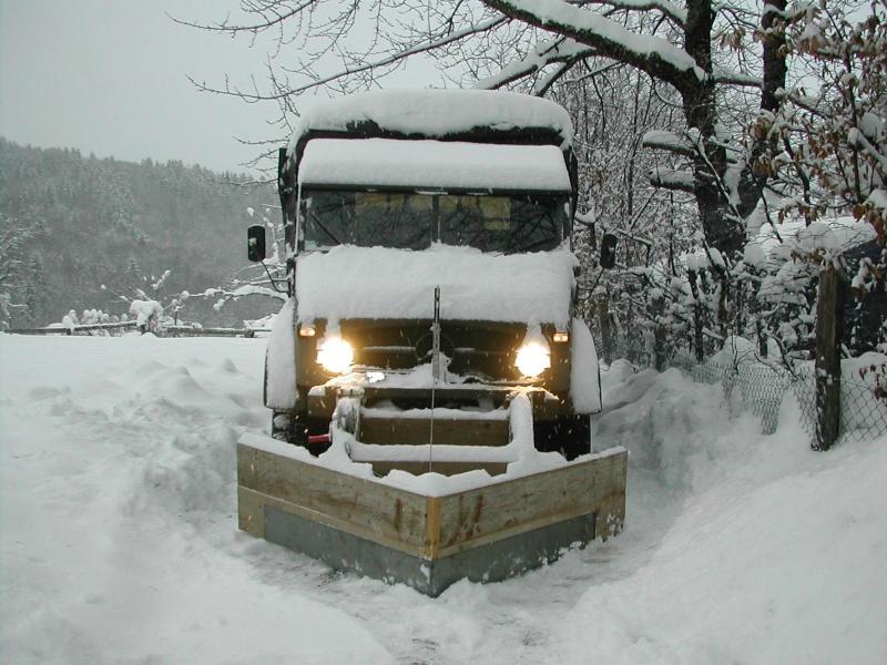 photos unimog chasse neige - Page 2 Unimog32