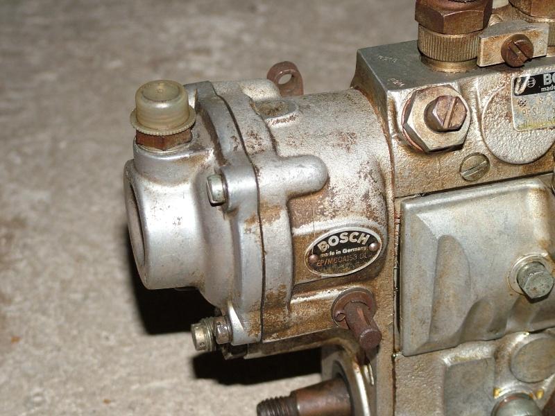 besoin d aide pour caler la pompe dunimog 411 Dscf5710