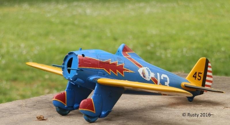 P-26 Peashooter [1/32 Minicraft - Hasegawa] - Page 2 P3280212