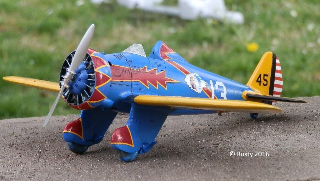 P-26 Peashooter [1/32 Minicraft - Hasegawa] - Page 2 P3290210