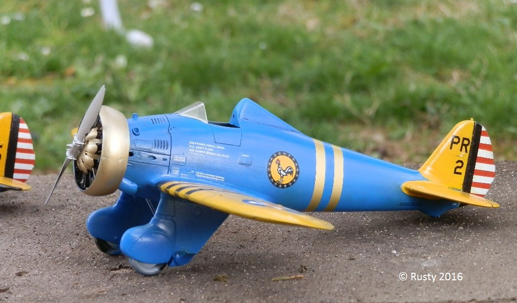 P-26 Peashooter [1/32 Minicraft - Hasegawa] - Page 2 P3290213