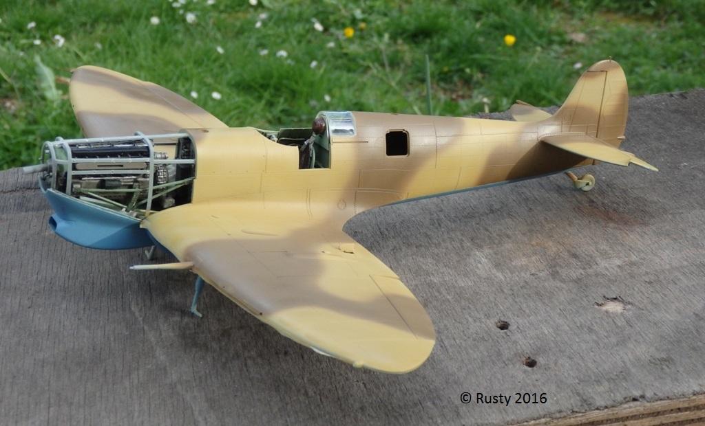 SPITFIRE Mk.Vb TROP [1/32 HOBBY BOSS] P4102613