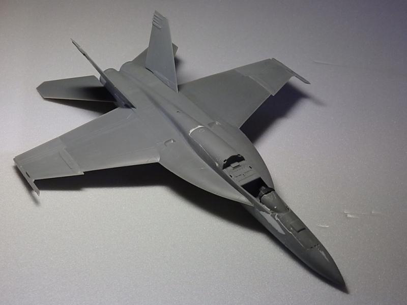 F/A-18E SUPER HORNET VFA-122 Flying Eagles [REVELL USA 1/48] P5223010