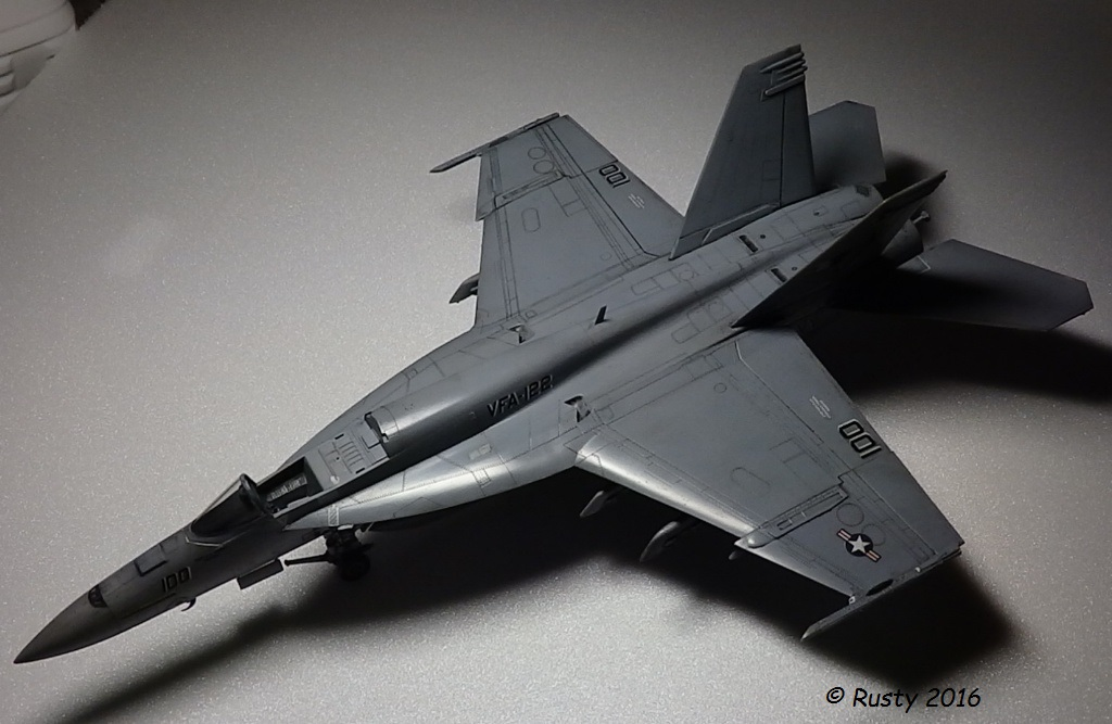F/A-18E SUPER HORNET VFA-122 Flying Eagles [REVELL USA 1/48] P5273110