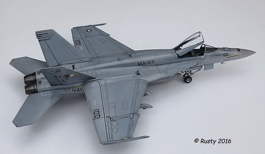 F/A-18E SUPER HORNET VFA-122 Flying Eagles [REVELL USA 1/48] P5283111