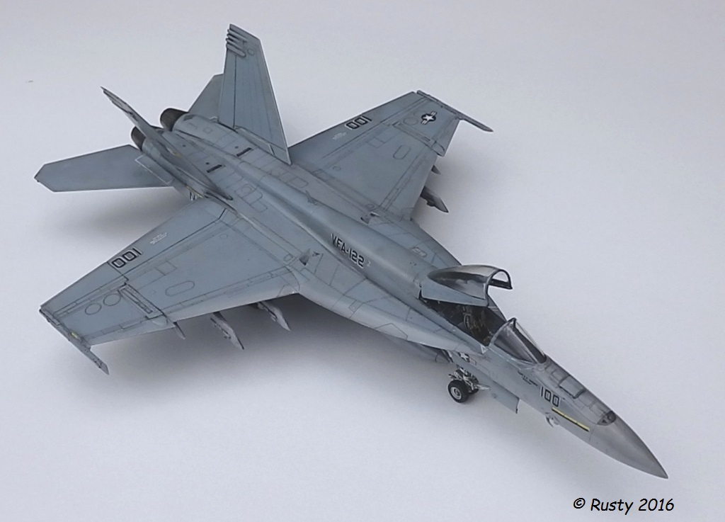 F/A-18E SUPER HORNET VFA-122 Flying Eagles [REVELL USA 1/48] P5283113