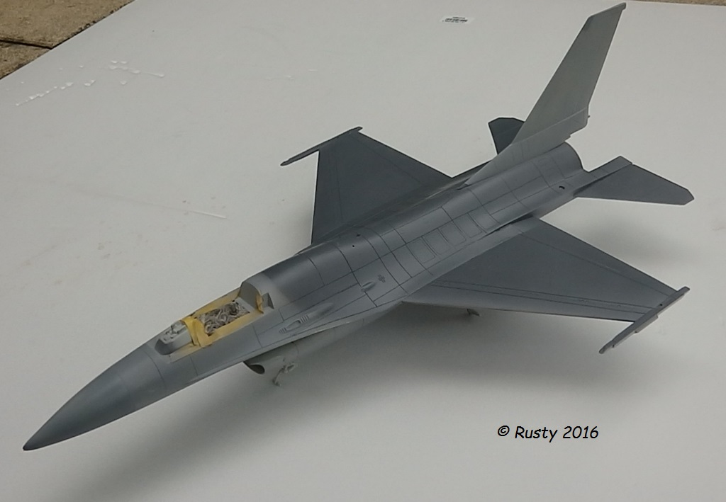 General Dynamics F-16A Fighting Falcon [REVELL 1/32] - Page 2 P6043213