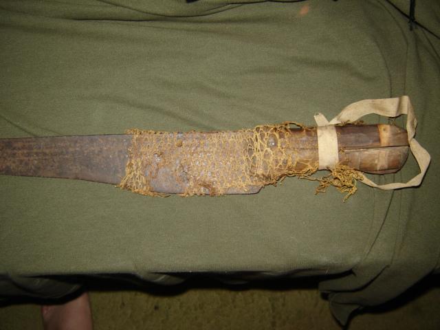Captured machete used by the Mau-Mau Abc_0710