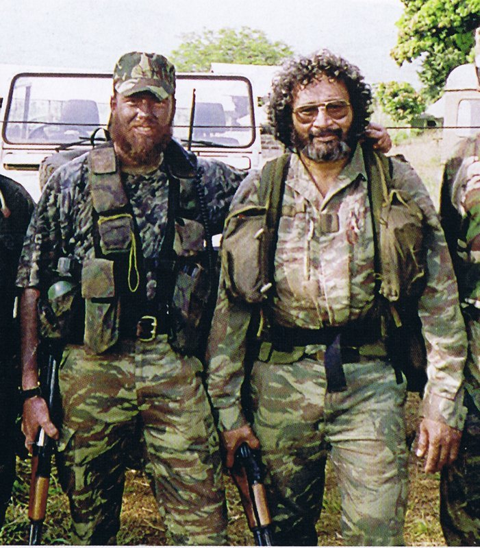 Cool photos of Mercenaries in Africa (Executive outcomes) Execut10
