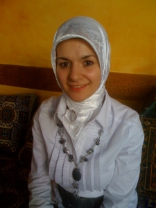 Mahinur Özdemir (CDH) :J'enlève mon foulard ds sphère privée Mahinu10