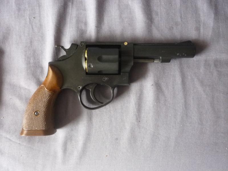 S&W M10 HFC - 25€ P1020720