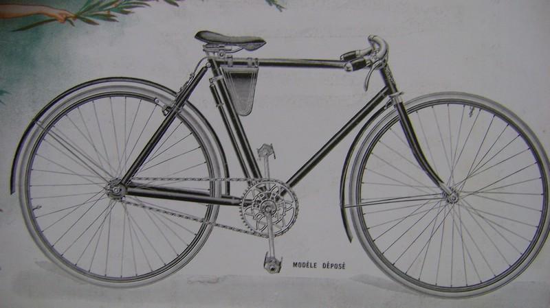 Les vélos règlementaires ou non en 1914 Dsc01017