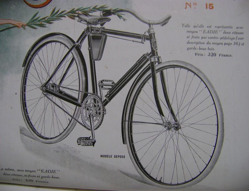 Les vélos règlementaires ou non en 1914 Dsc01020