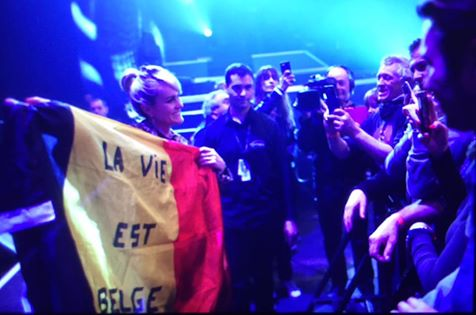 """Tournée 2015/2016 de johnny """"RESTER VIVANT """" Part 2..LA TOURNEE - Page 3 12670710"""