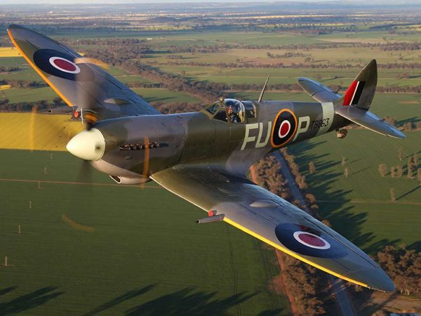 Supermarine Spitfire Superm10