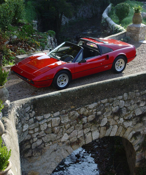 Le mythe Ferrari 308gts10