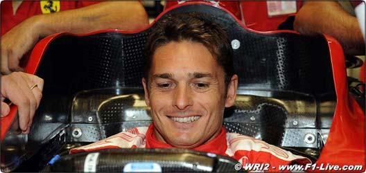 Fisichella à la Scuderia... Fisich14