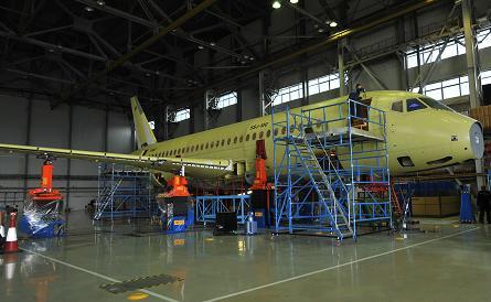 Sukhoi Superjet 100 Yourfi10
