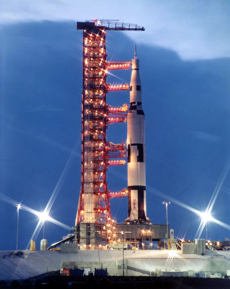 Roll Out Saturn 500 F Apmisc15
