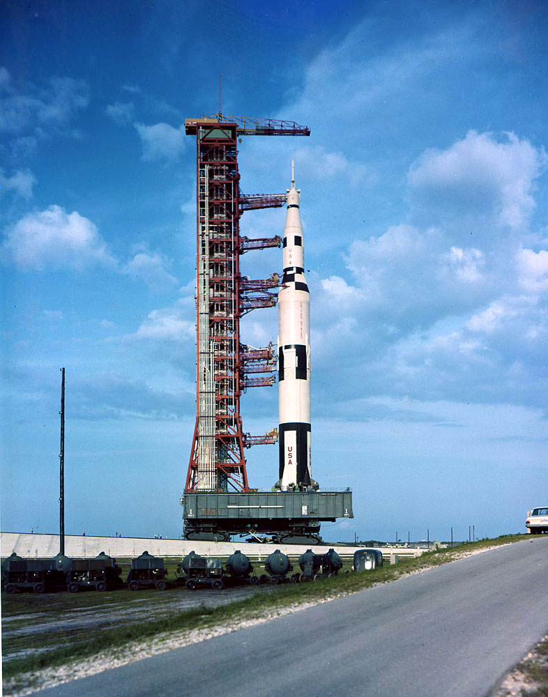 Roll Out Saturn 500 F Apmisc16