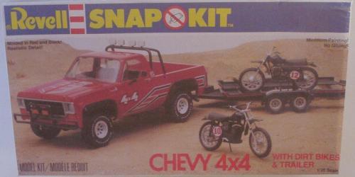 Kit pick-up et deux motos-cross 18983e10