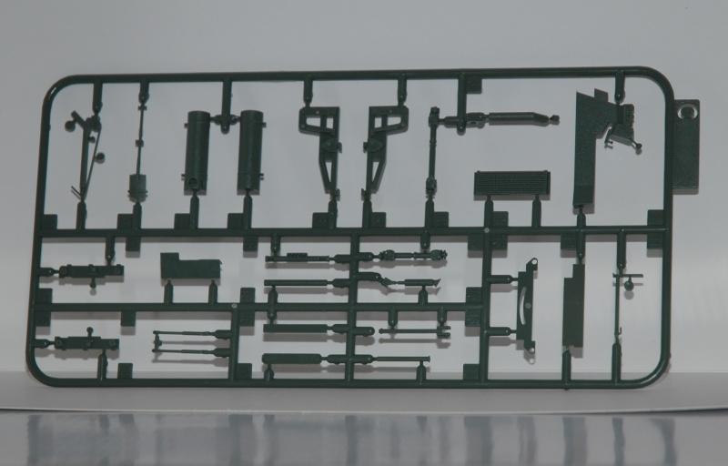 Le feldumschlaggerät fUG 2.5t de chez Takom Dsc_0012