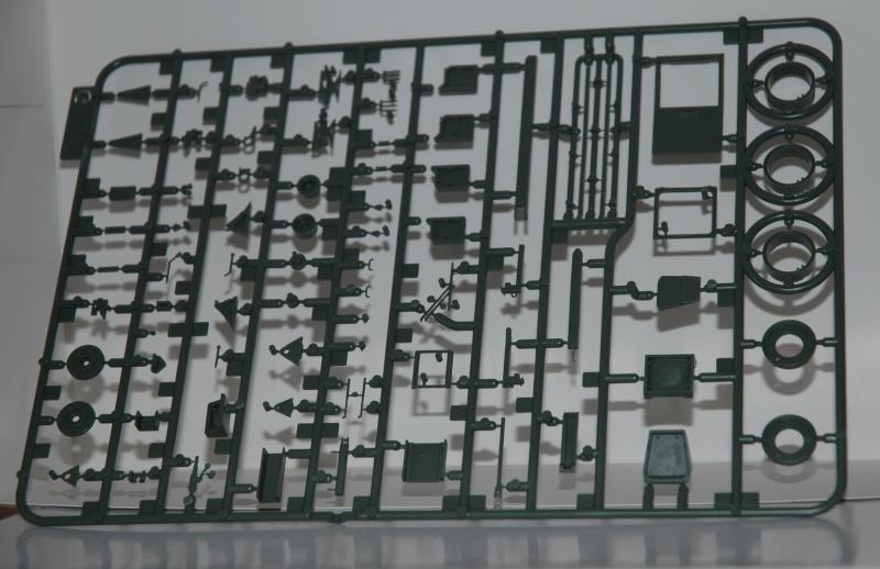 Le feldumschlaggerät fUG 2.5t de chez Takom Dsc_0015