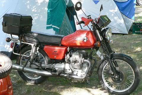 Bon ça y est j'ai une moto de vieux Guzzi-10