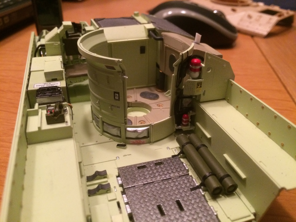 Bradley M2A3 w Busk III / US infantry fighting vehicle [Meng, 1/35] - Page 8 Img_5516