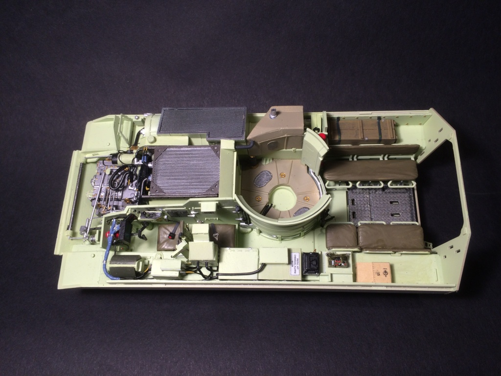 Bradley M2A3 w Busk III / US infantry fighting vehicle [Meng, 1/35] - Page 8 Img_5531