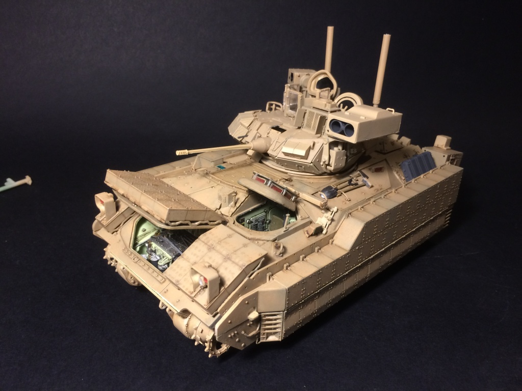 Bradley M2A3 w Busk III / US infantry fighting vehicle [Meng, 1/35] - Page 12 Img_5724