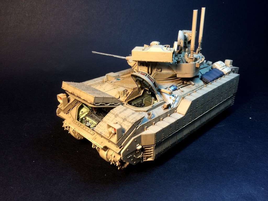 Bradley M2A3 w Busk III / US infantry fighting vehicle [Meng, 1/35] - Page 12 Img_5726