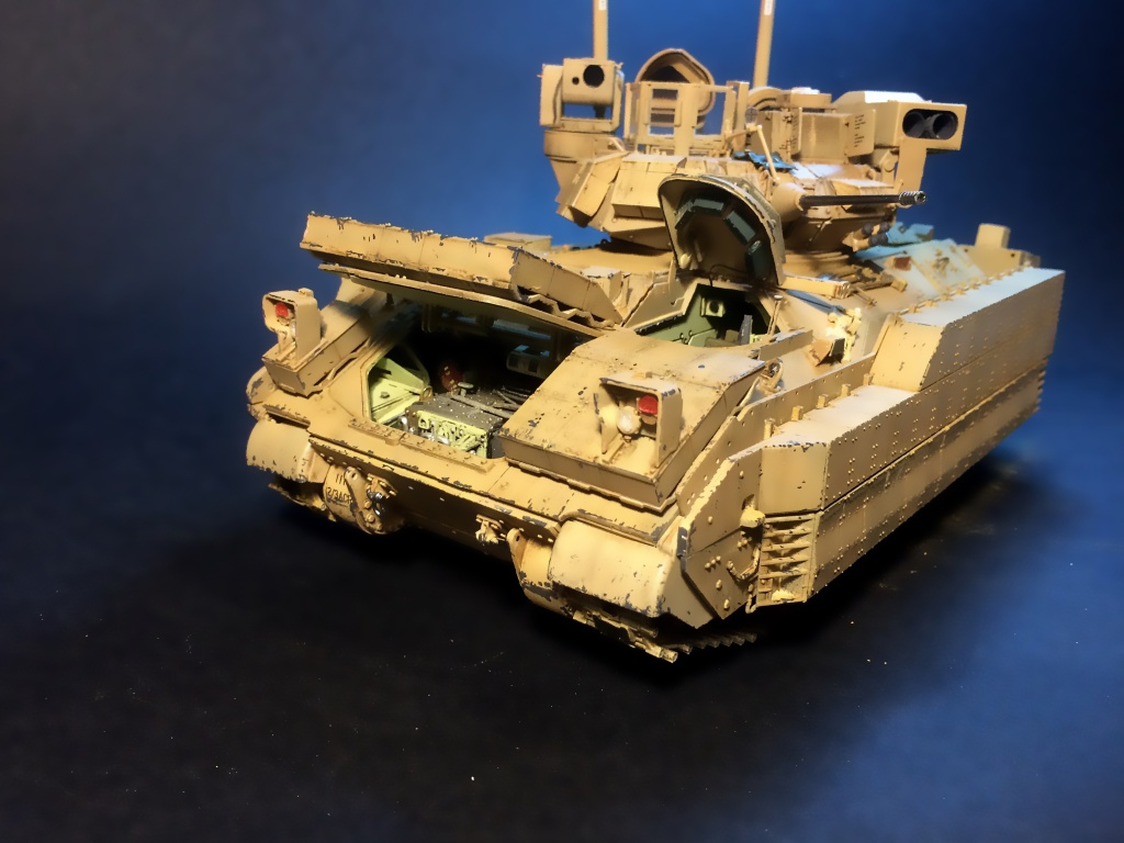 Bradley M2A3 w Busk III / US infantry fighting vehicle [Meng, 1/35] - Page 13 Img_5738