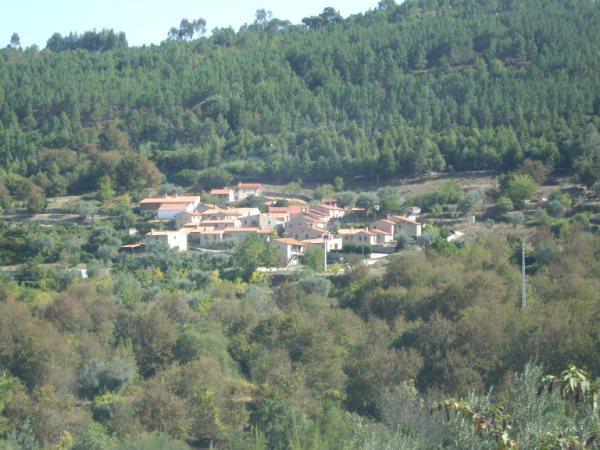 Aldea medieval recuperada de Povoa Dao en Viseu Portugal Imgp5610